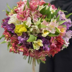 دسته گل آلستر کد 10122